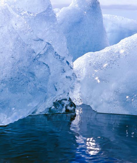 Icebergs - Mamiya 645 - Velvia 50